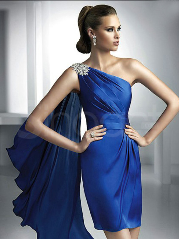 dress for prom and homecoming party one-shoulder and sleeveless mini train and have sequins
