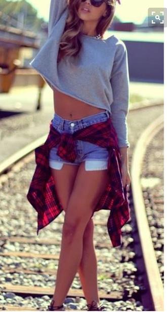 sweater sweatshirt girly tumblr summer cute shorts shoes pants jeans girl