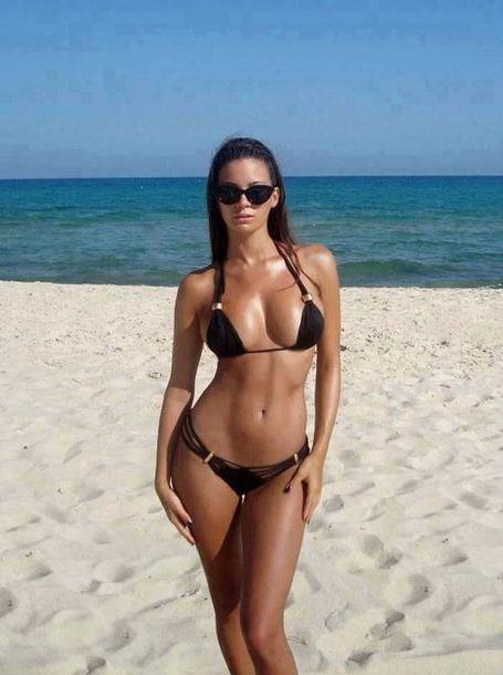 swimwear black bikini pear body