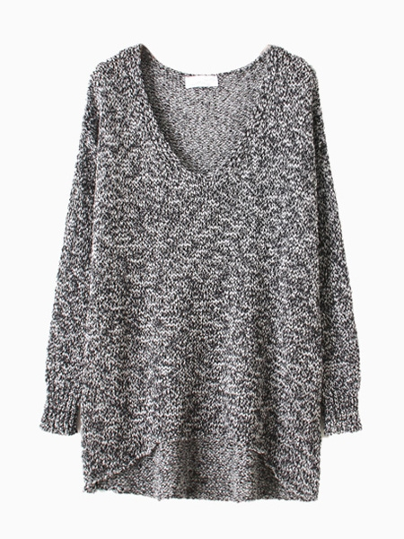 Gray metallic yarn sweater with dipped hem