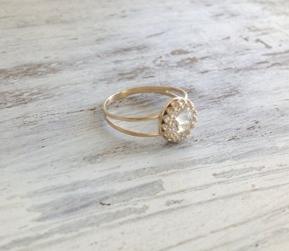 Gold ring wedding ring stacking ring vintage ring by Avnis on Etsy