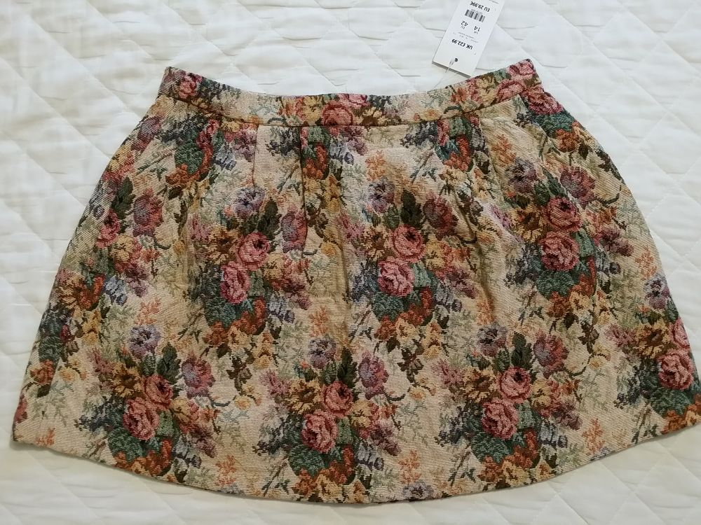 7d8b46fdc3 NEW LOOK SKIRT EMBROIDERY TAPESTRY FLORAL BEIGE CREAM MULTI COLOUR SIZE 14  BNWT
