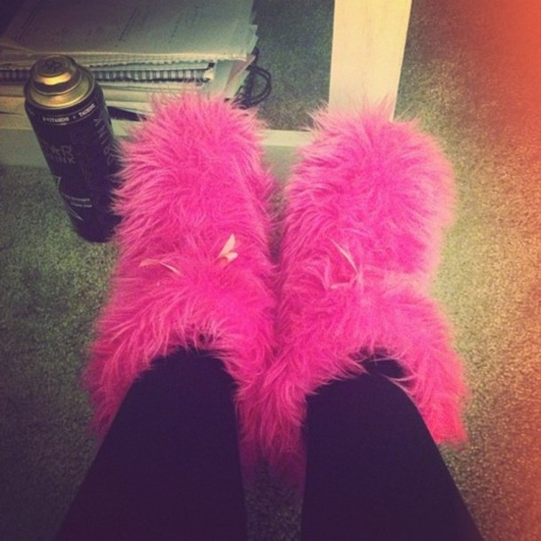 xfeq20-l-610x610-shoes-pink-furry-pink-f