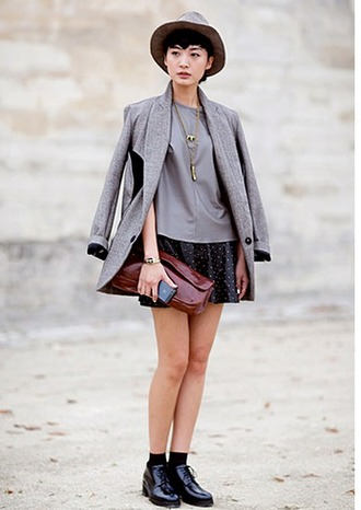 shoes grey blazer grey shirt gold necklace polka dot skirt black oxford shoes brown leather handbag blogger grey hat