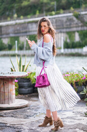 ist by ingrid,blogger,skirt,sweater,bag,shoes