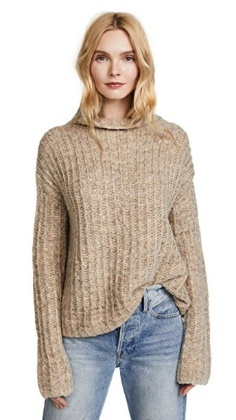 Pam & Gela sweater