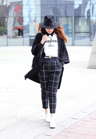 elodie in paris blogger t-shirt fedora white sweater cropped pants checkered coat pants shoes jewels hat bag belt
