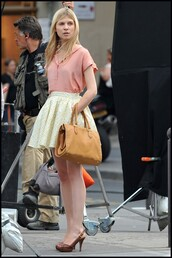 clemence poesy,flowers skirt,lether bag,camel,floral,hat,skirt,bag,dress,shoes