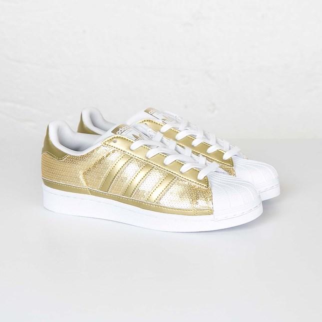adidas Superstar W S83383 Sneakersnstuff | sneakers & streetwear online since 1999