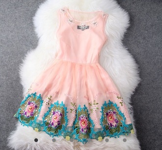 dress embroidered gorgeous
