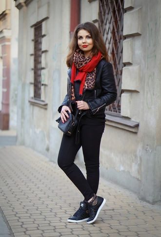 a piece of anna blogger leopard print scarf adidas shoes
