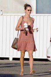 dress,sandals,alessandra ambrosio,summer dress,summer outfits,model off-duty