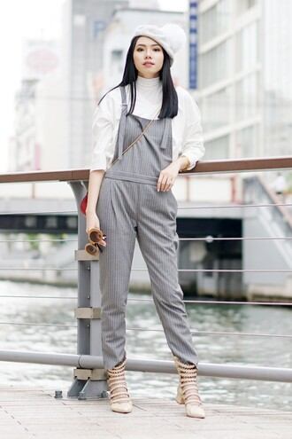 olivia lazuardy blogger hat jumpsuit bag shoes overalls grey overalls white top three-quarter sleeves beanie pom pom beanie white beanie pumps nude pumps lace-up shoes fall outfits