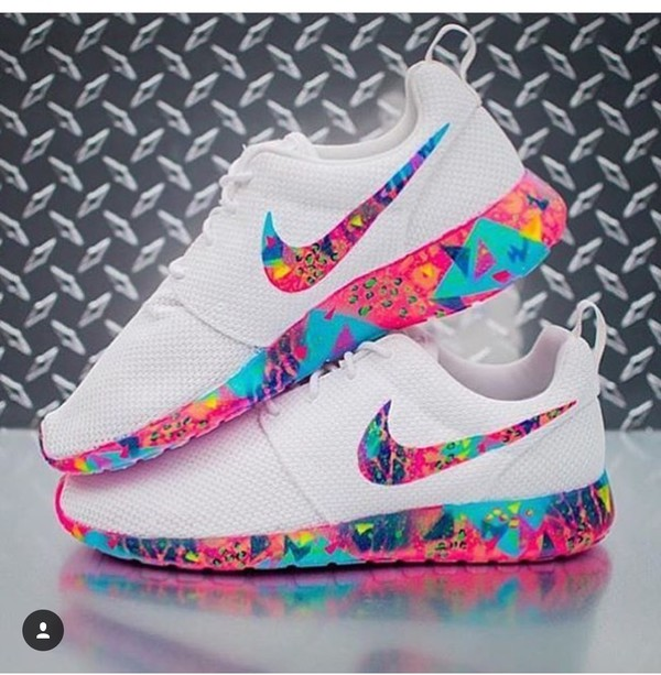 shoes roshe runs multi colour swoosh colorful nike roshe run nike roshes multicolor white sneakers low top sneakers nike shoes pinterest white nikes nike sneakers nike roshe run sneakers