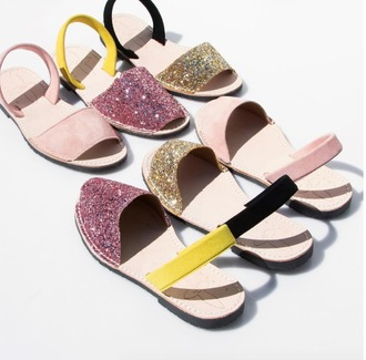 shoes del rio london sparkle sandals flat sandals summer summer  shoes open toes pink shoes gold shoes sparkle shoes