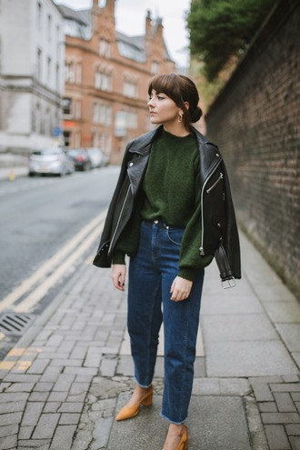 sweater tumblr green sweater jacket black jacket black leather jacket leather jacket denim jeans blue jeans shoes
