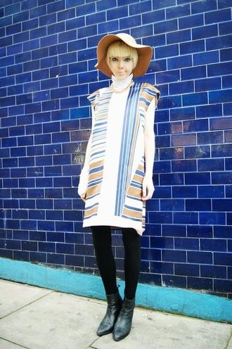 stella's wardrobe blogger floppy hat striped dress hat dress shoes