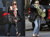 scarf,mary kate olsen,oversized scarf,sunglasses,bag