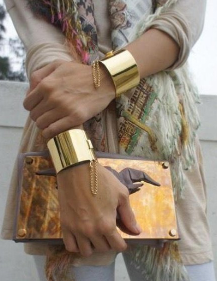 Gold plated casual cuff bangle