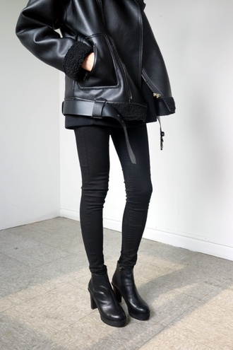 coat black fur jacket cute shoes leather jacket leather black leather fur and leather black coat parka boots ankle boots loose bomber jacket