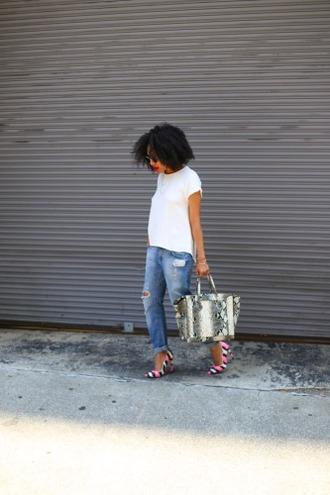 mattieologie blogger top jeans sunglasses bag python