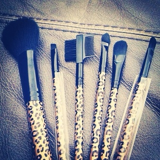 nail polish leopard print brush make-up makeup brushes