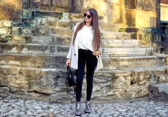 only my fashion style blogger coat blouse shoes bag fall outfits handbag skinny jeans grey boots