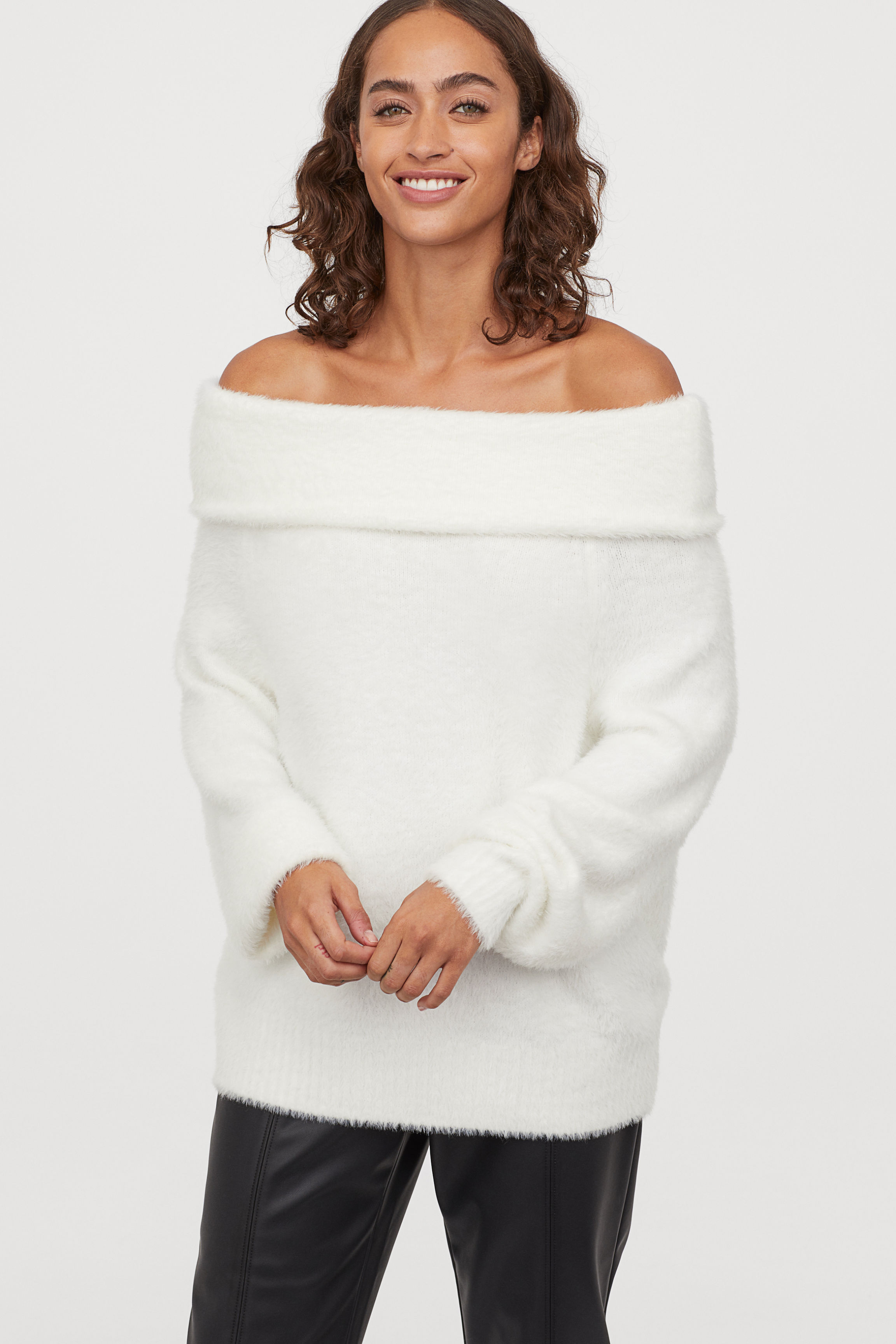 Fluffy off-the-shoulder jumper - White - Ladies | H&M GB
