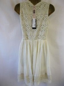 Yumi sz 12 'lacey' dress cream crochet top pleated skirt gorgeous detail