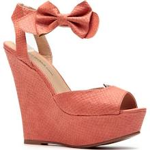 Coral Bow Reptile Textured Wedges