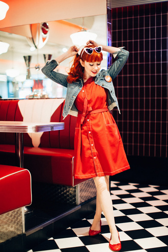 the clothes blogger dress sunglasses jacket denim jacket red dress ballet flats heart sunglasses spring outfits