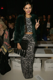 skirt,top,victoria justice,crop tops,maxi skirt,fashion,fashion week 2015,bag,clutch