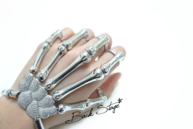 Skeleton hand ring bracelet cuff