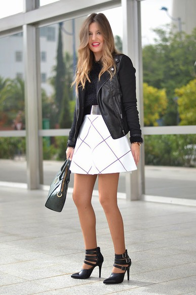 black heels blogger bag mi aventura con la moda checkered white skirt