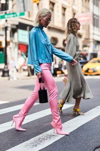 shoes blue top top pants pink pants pumps pink pumps bag black bag sunglasses