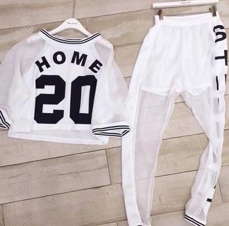 leggings jogging transparent shirt