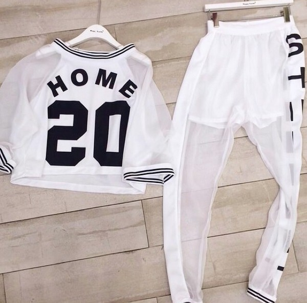 leggings joggers transparent shirt