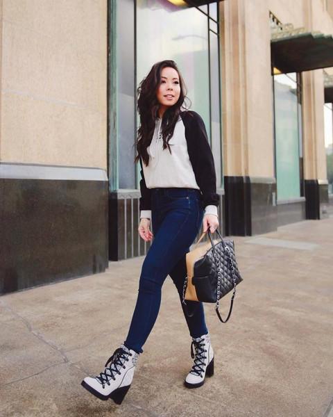 hautepinkpretty blogger sweater shoes jewels bag