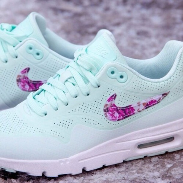Nike Air Max Women Mint