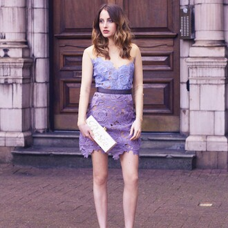 dress self-portrait rosie fortescue made in chelsea nyc revolve london blogger style revolve clothing revolveme lilac lilac dress light blue lace dress romantic date outfit cocktail dress graduation dress classy