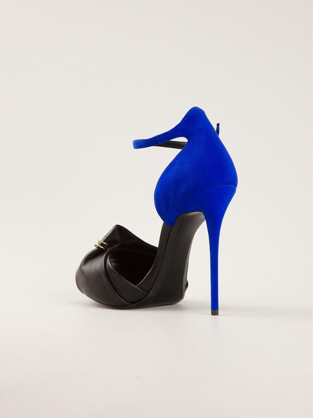 Giuseppe Zanotti Design Safety Pin Detail Sandals - Tessabit - Farfetch.com