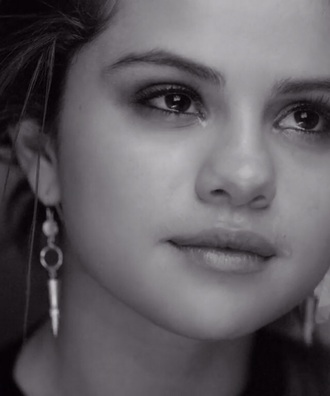 jewels earrings beauty