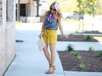 twopeasinablog blogger top shorts scarf bag shoes sunglasses jewels