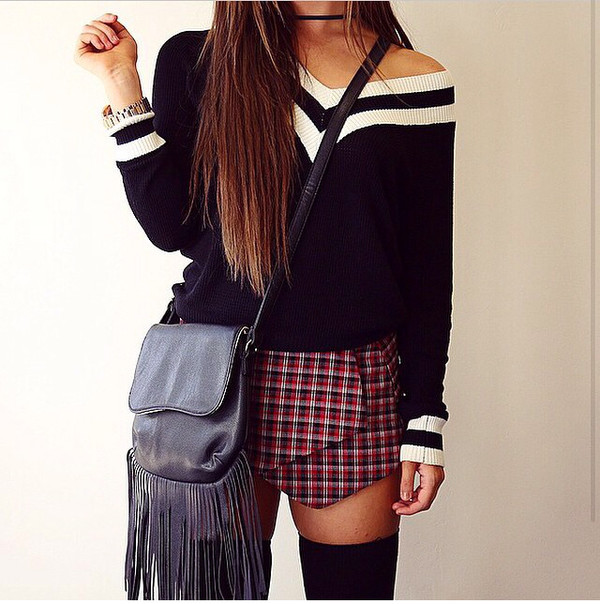 cardigan jumper skorts bag school look sexy chic chic urban chic black sweater checkered shorts checkered skirt