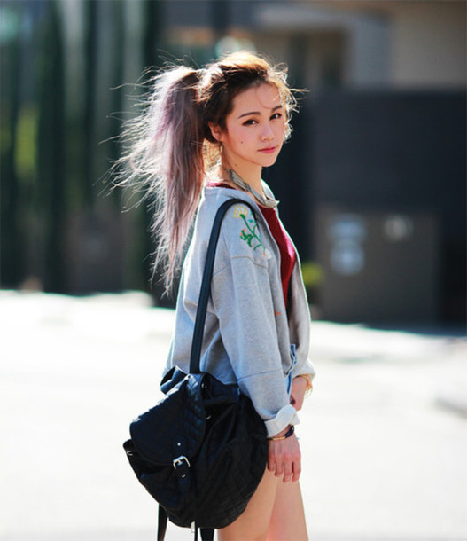 chloe ting sweater t-shirt jewels bag blogger missguided crop tops