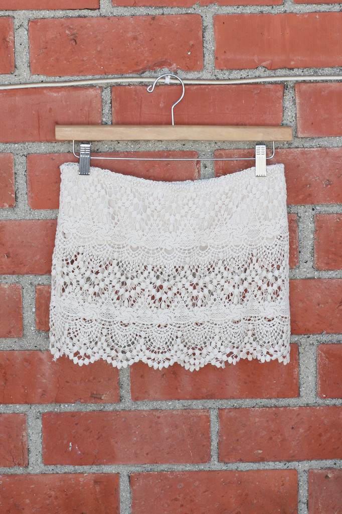 Coachella Crochet Lace Crop Top - Cream | Obsezz