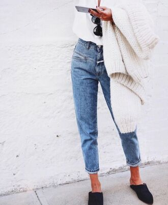 jeans cropped jeans pockets fall outfits blogger heavy knit jumper sweater weather babouches cardigan