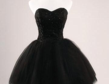 Black ball gown sweetheart short pr..
