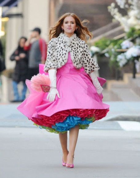 wedding clothes isla fisher rainbow taff