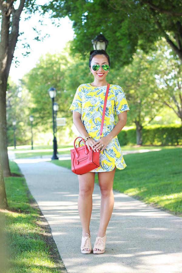 i am khatu top skirt shoes bag sunglasses jewels make-up